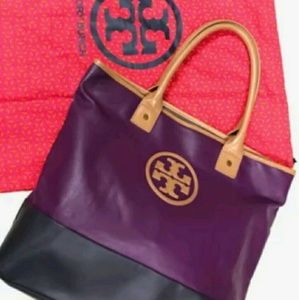 Gorgeous Tory Burch Jaden Color Block Tote!👏